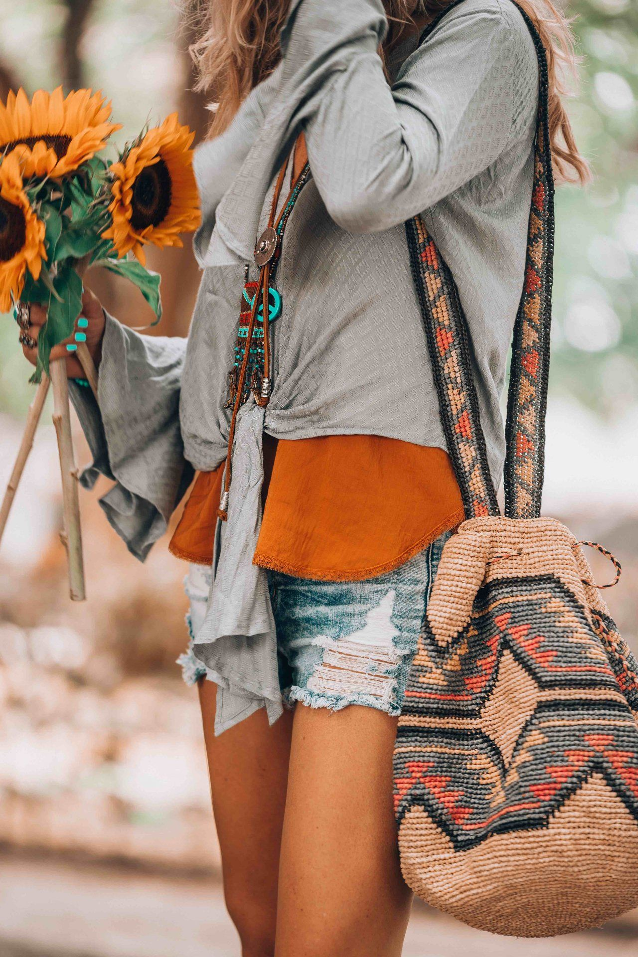 f88d31740e A hot summer day and that perfect casual bohemian look you need to try.
