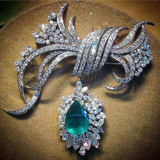 Emerald & Diamond Pendant/Brooch