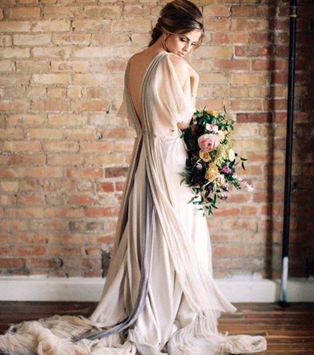 Ein Brautkleid in neutralen Tönen | Dresses | Pinterest
