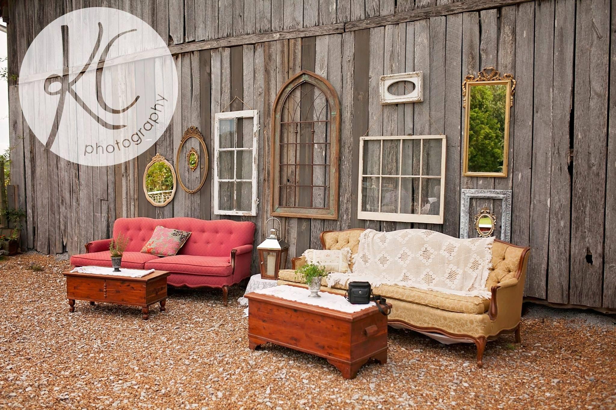 barn wedding, farm wedding, vintage sofa, photo op ...