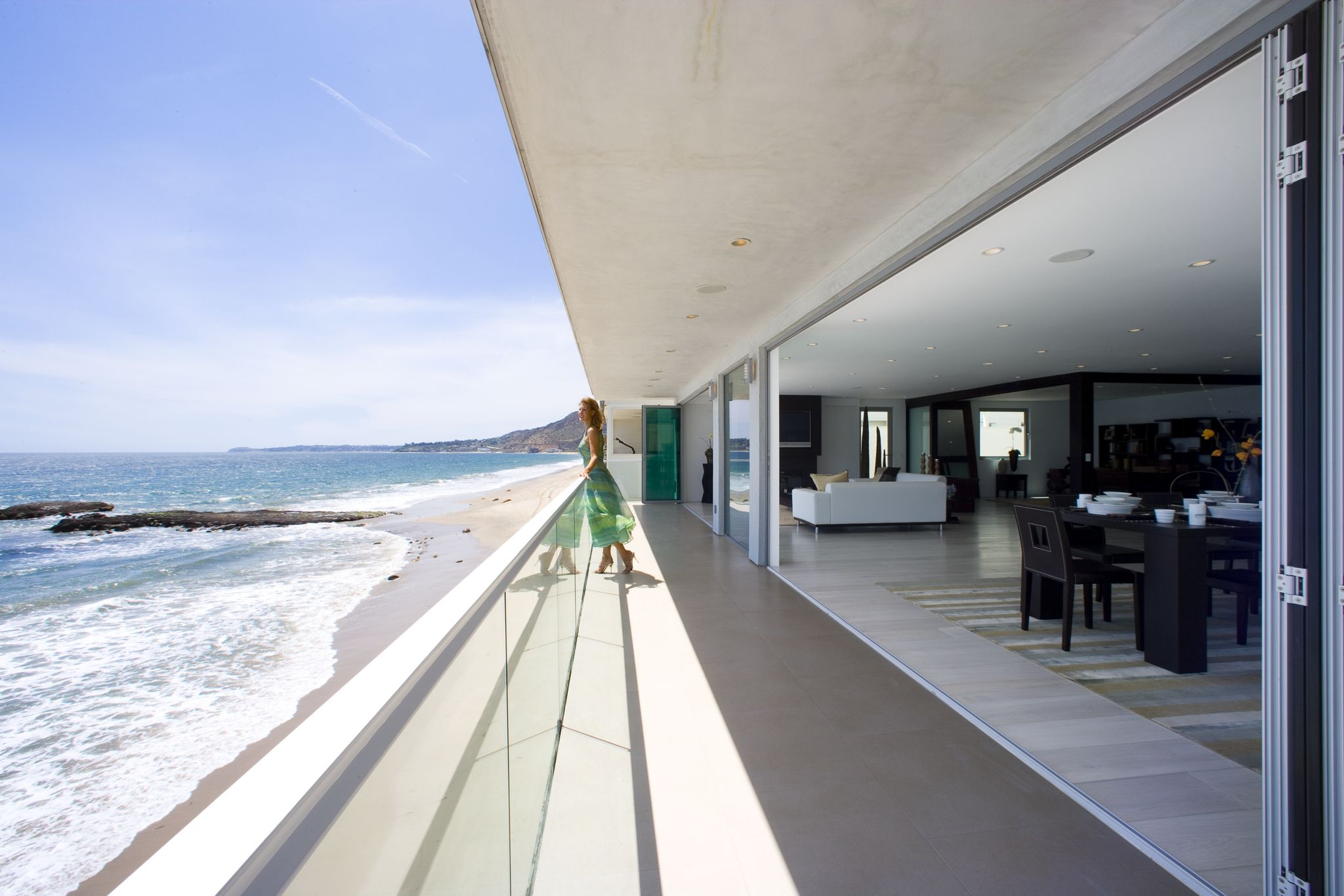 Malibu Oceanfront Home | NanaWall Folding Door System- Open & Malibu Oceanfront Home | NanaWall Folding Door System- Open ... Pezcame.Com