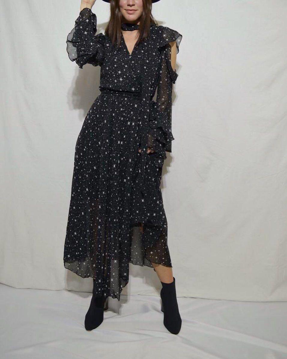 Fashion Elbise Moda Bayangiyim Fashionblogger Fashiondesigner Fashionable Claretteistanbul Giyim Insta Instad Fashion Dresses Fashion Blogger