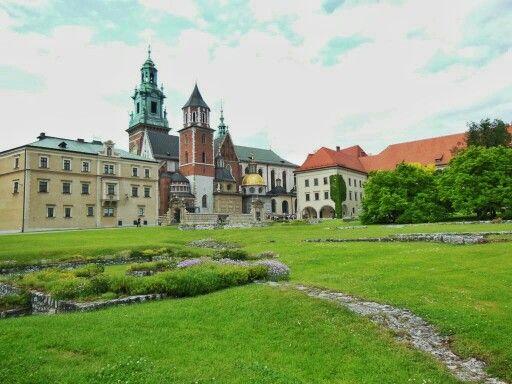 Colina Wawel en #Cracovia (#Polonia).  http://bit.ly/1NhTE4g