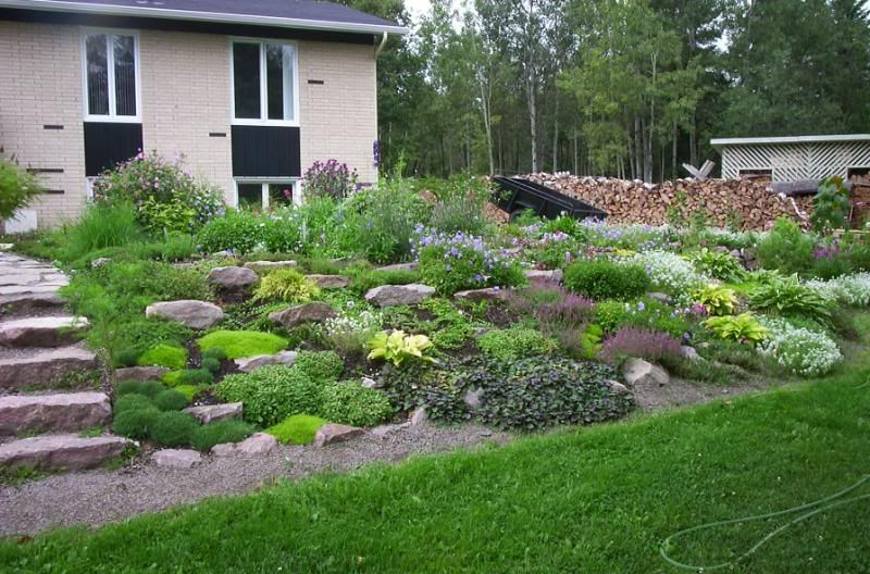 rocaille en pente bing images construction pinterest rocaille images et jardins. Black Bedroom Furniture Sets. Home Design Ideas