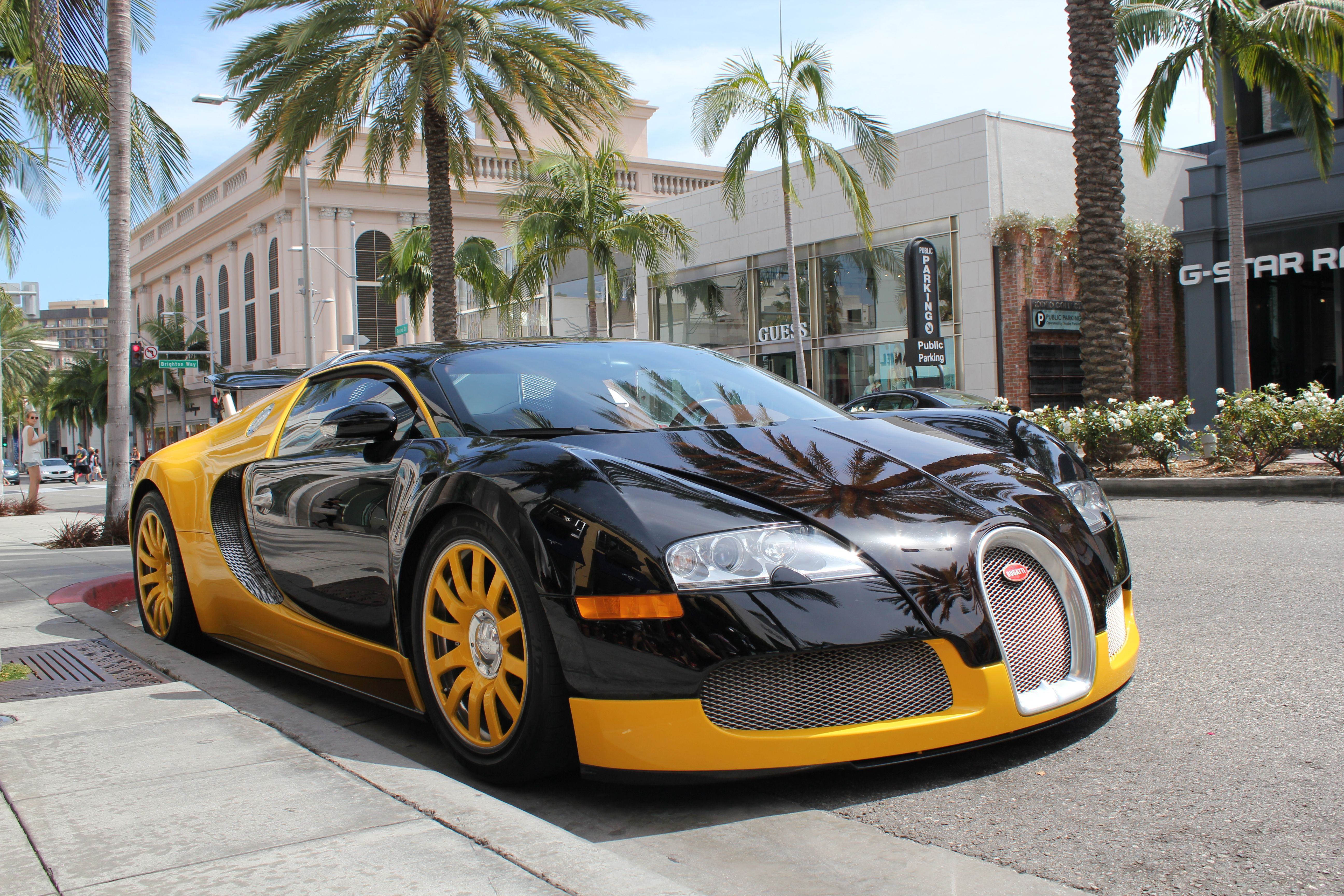 los angeles  beverly hills  rodeo drive  bugatti veyron