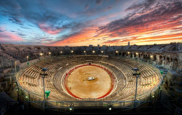 The Gladiator Arena At Sunset Pictures Download Free Photos Youtube Do Gladiator Arena Scenic South Of France