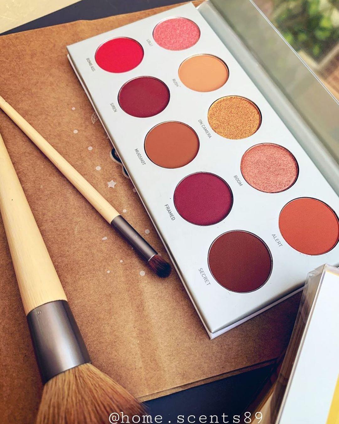 Morphe X Jaclyn Hill باليت جاكلين هيل بالتعاون مع مورفي مورفي مشهوره بمنتجاتها وباسعارها المناسبه ودائما اتسوي تعاون مع خبراء ت Eyeshadow Blush Beauty