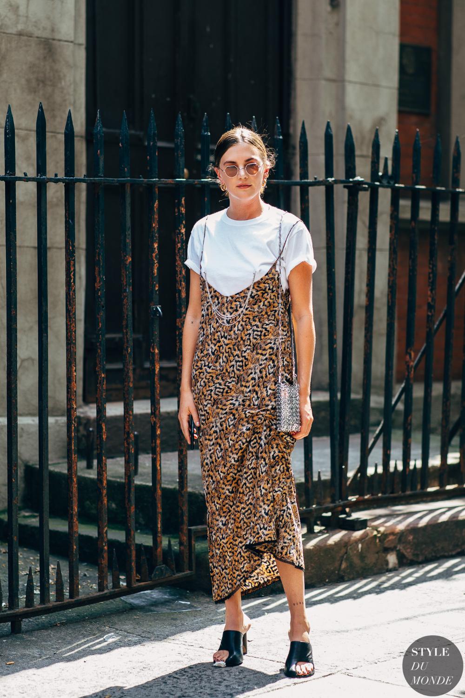 New York SS 2019 Street Style: Madelynn Furlong - STYLE DU MONDE   Street Style Street Fashion Photos Madelynn Furlong