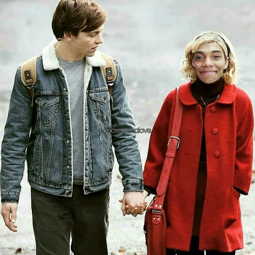 Chilling Adventures Of Sabrina On Instagram Who Remember This Edit Rosslynch Chanceperdomo Kiernanshipka Caos Sabrina Chill Amelia Bedelia