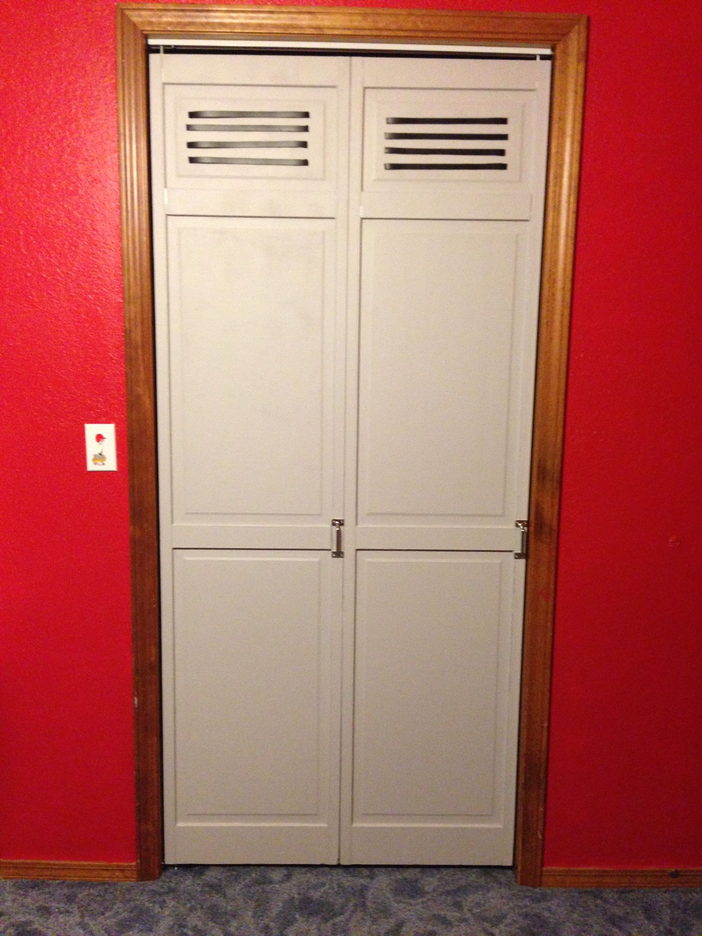 Ordinaire Locker Closet Doors With Magnetic Paint Primer