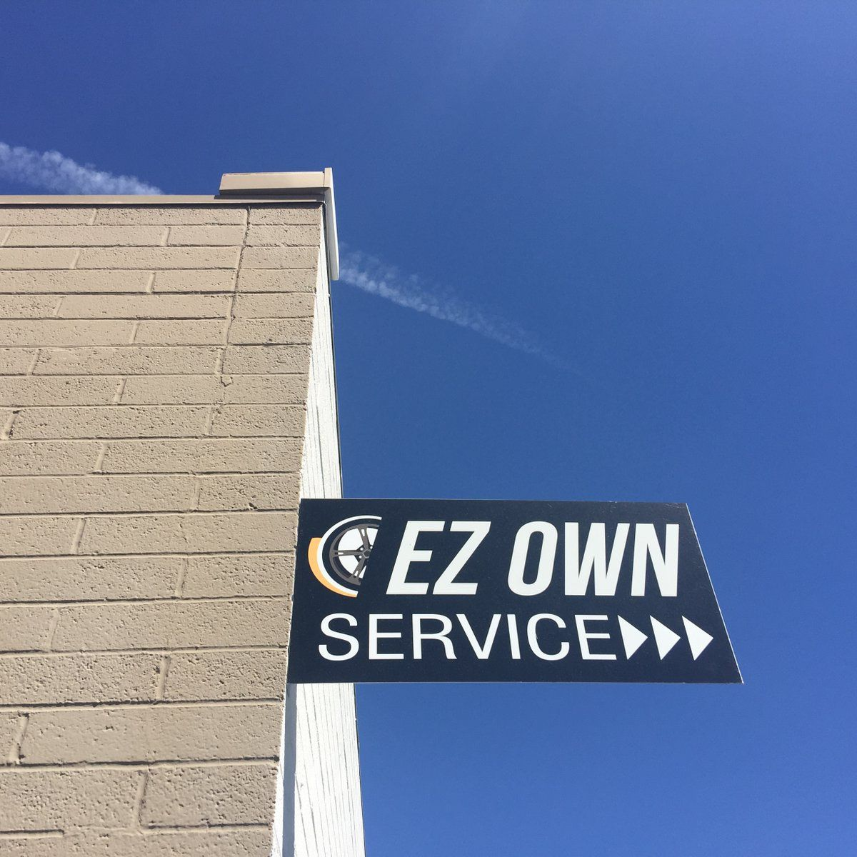 With our Rent-To-Own program, you receive lube, oil and filter services at no charge at all. — Call to schedule your appointment! We are always happy to see you. // #Scottsdale #LiveAZ#Summer #LoveArizona #Arizona #AZ #Love #Cars #Happy #Phoenix #Trucks #Car #EZOWNAuto