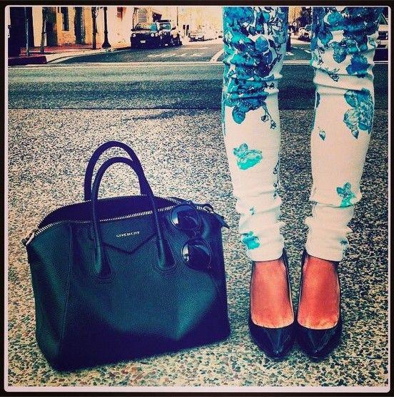 <3 love this bag!!!