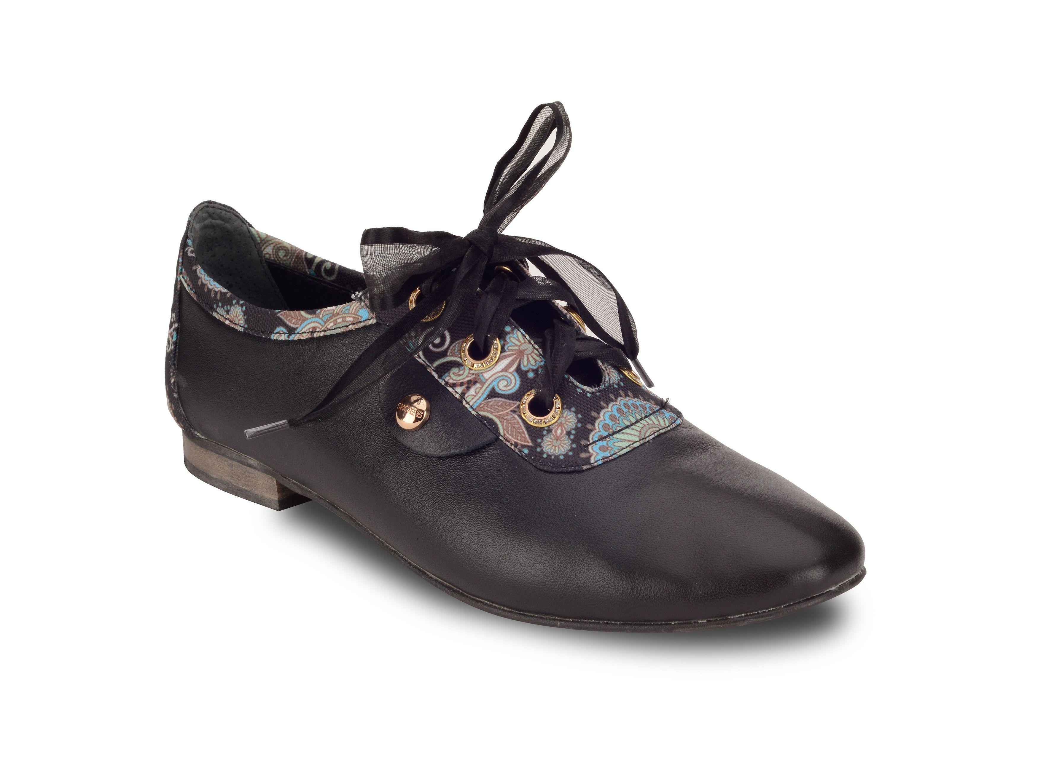023f966fe099f Kožené čierne topánky nízke | Outlet PLEZURO | Dress Shoes, Oxford ...