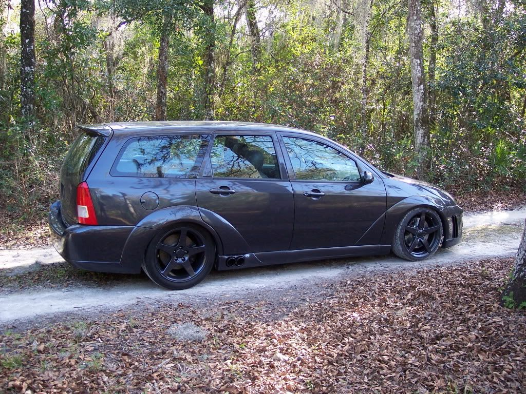 Rwd Ford Focus Wagon With A 4 6 L Mustang V8 Ford Focus Wagon Ford Focus Ford Trucks