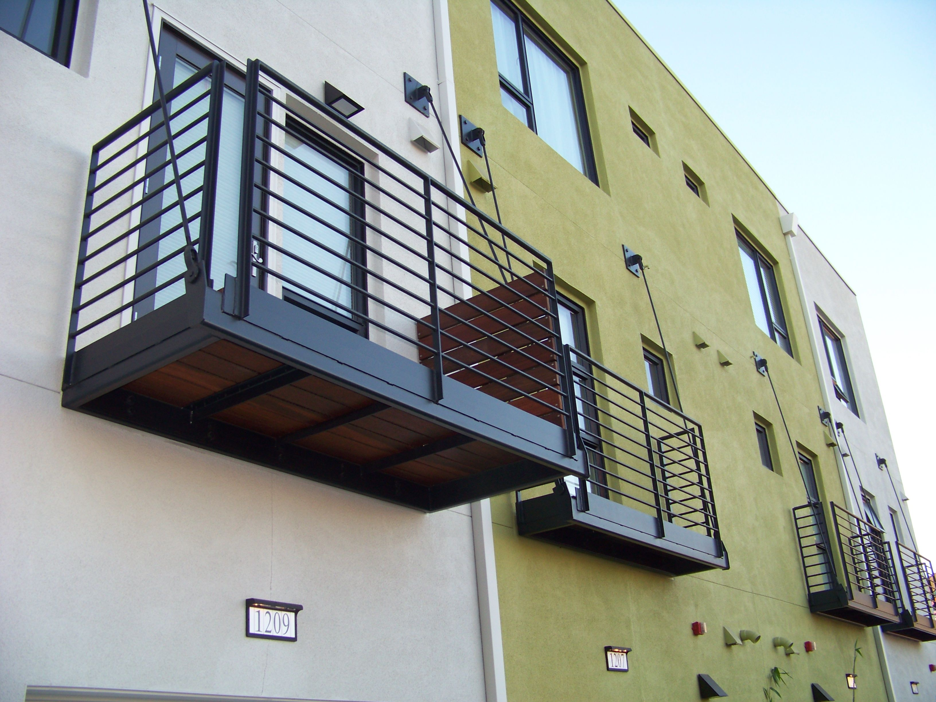 steel balcony - Google zoeken | Balconies | Pinterest ...