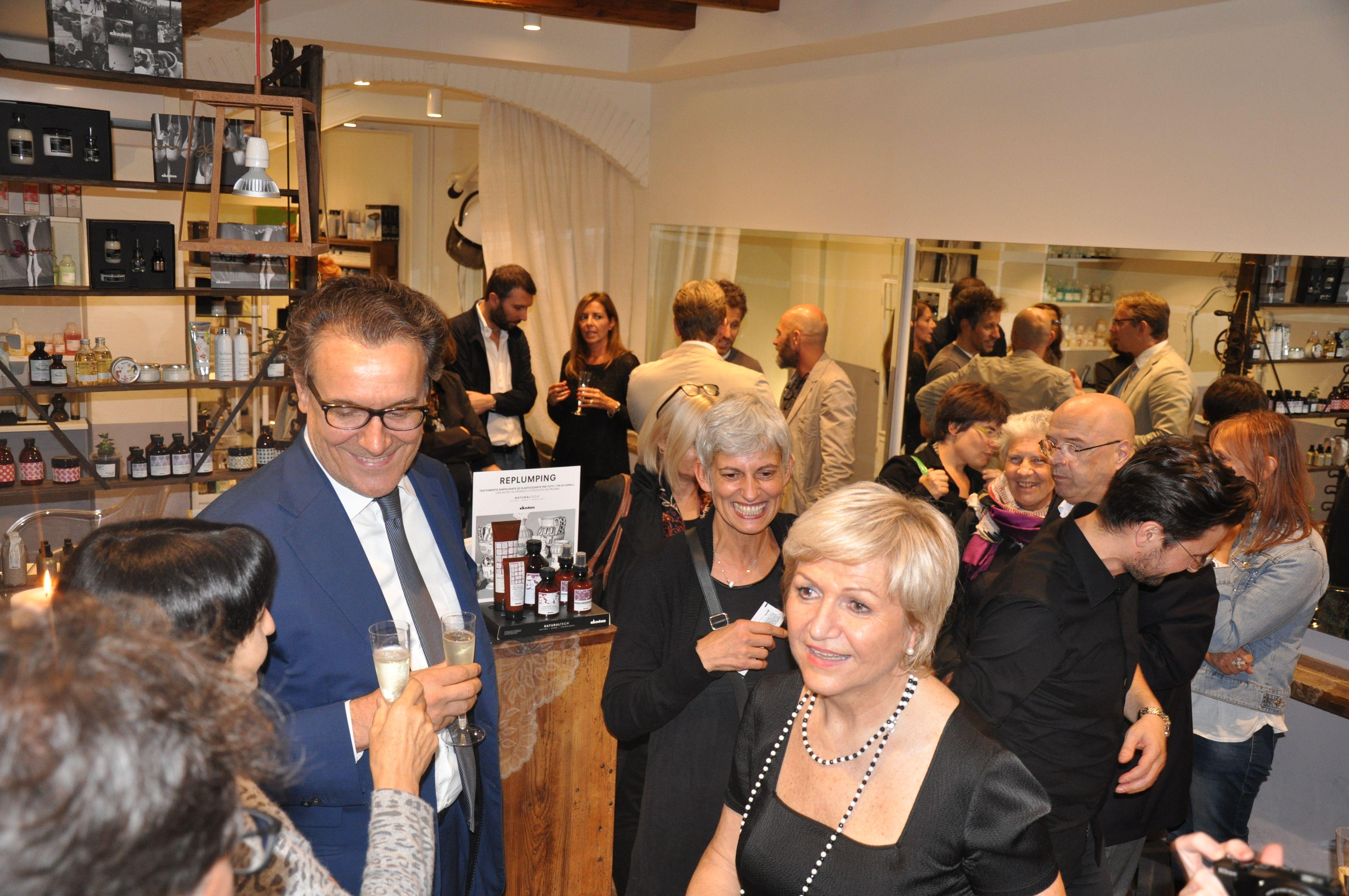 Inside Chiara Hair Studio Verona Aperitivo a lume di candela