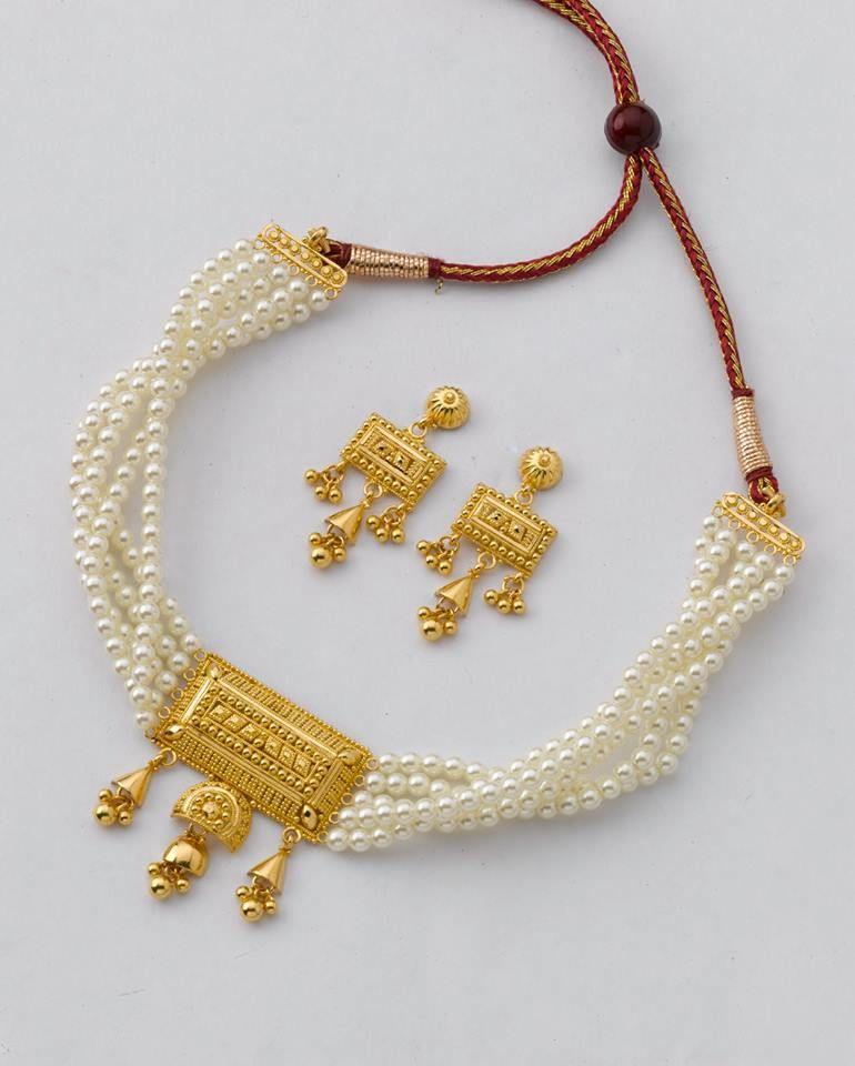 c878f72d6b87 A reji-paktar-katai jewel box mini choker strung with pearl beads ...