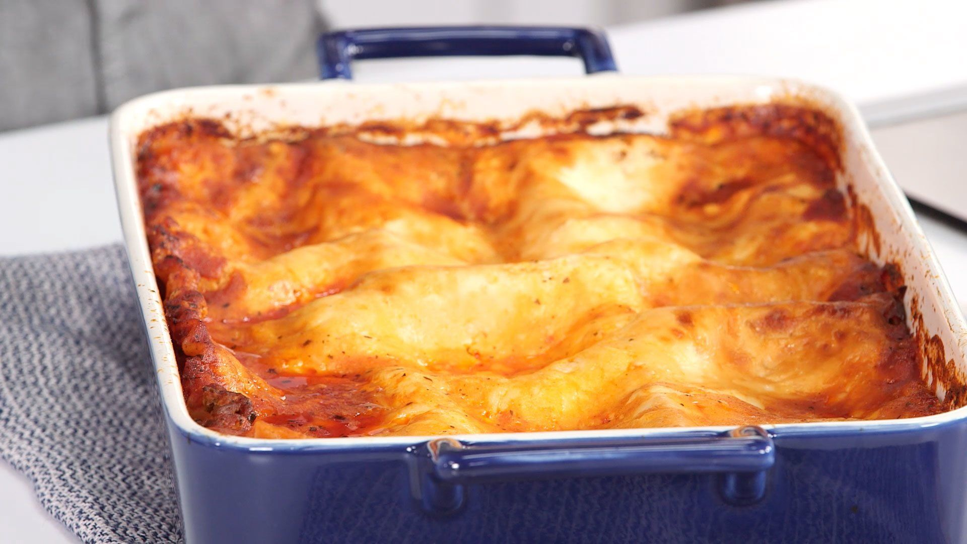 Christmas Eve Casseroles Fit For a Crowd   Christmas eve meal, Easy christmas dinner, Christmas ...