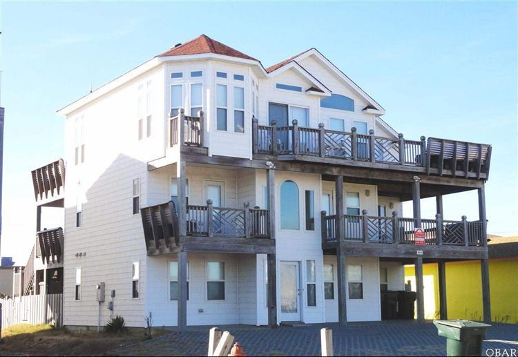 #NagsHead #OBX4U #OBXRealEstate 7 Bedroom 7Bath Between the Highways http://www.buyorsellobxhomes.com/listing/mlsid/533/propertyid/85258/