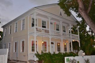Incredible Vacation Rental In Key West Bachelorette Party Sleeps Interior Design Ideas Gentotryabchikinfo