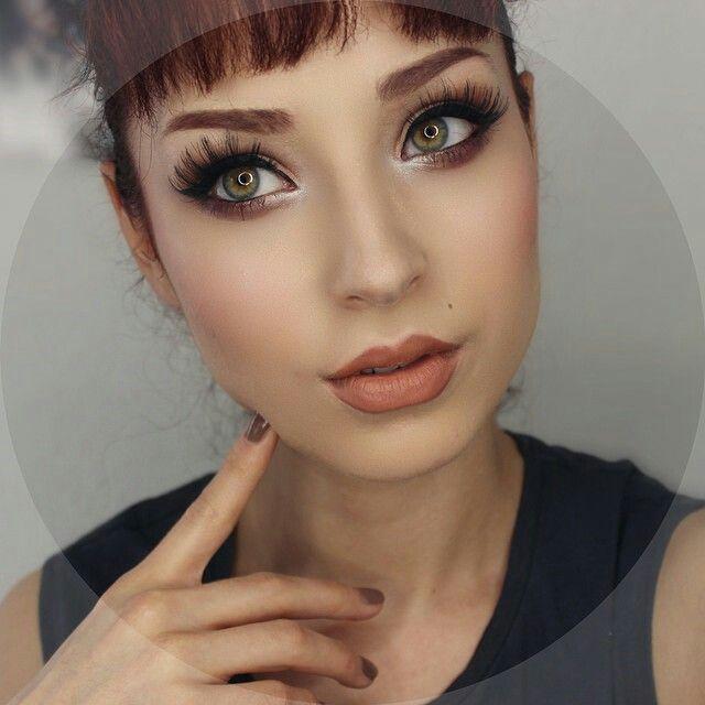 Lupes Cuevas makeup