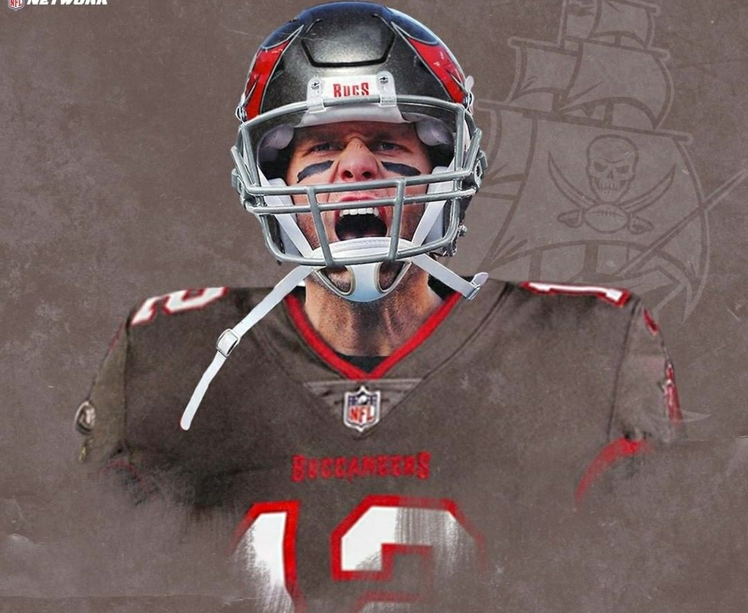 Pin By Taylor Holmes On Football Buccaneers Football Nfl Football Art Nfl Football Players