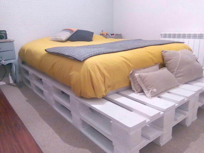Así de fácil es montar una cama con palets   habitaciones   Pinterest