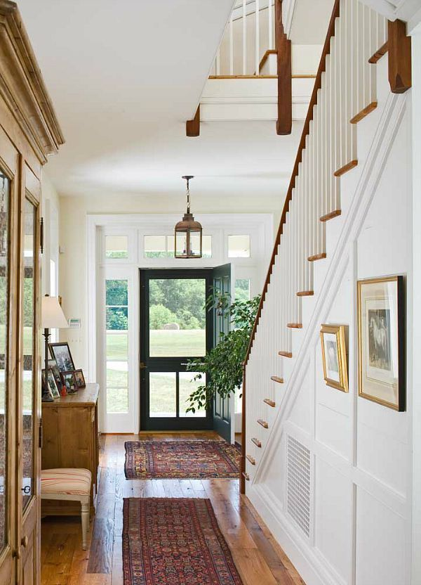 Happy Choice Farmhouse In Maryland Is A Lot Newer Than It Looks Entry Hall Maryland And Hall