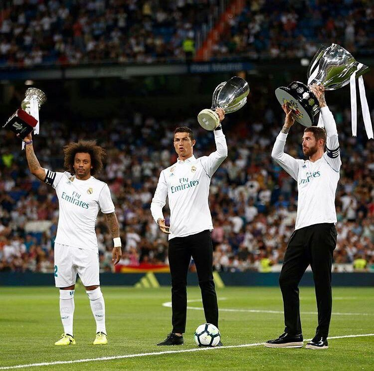 Cristiano Sergio Ramos E Marcelo Com A La Liga Supercopa Da Europa E Champions League Temporada 2016 2017 Real Madrid Real Madrid Players Madrid
