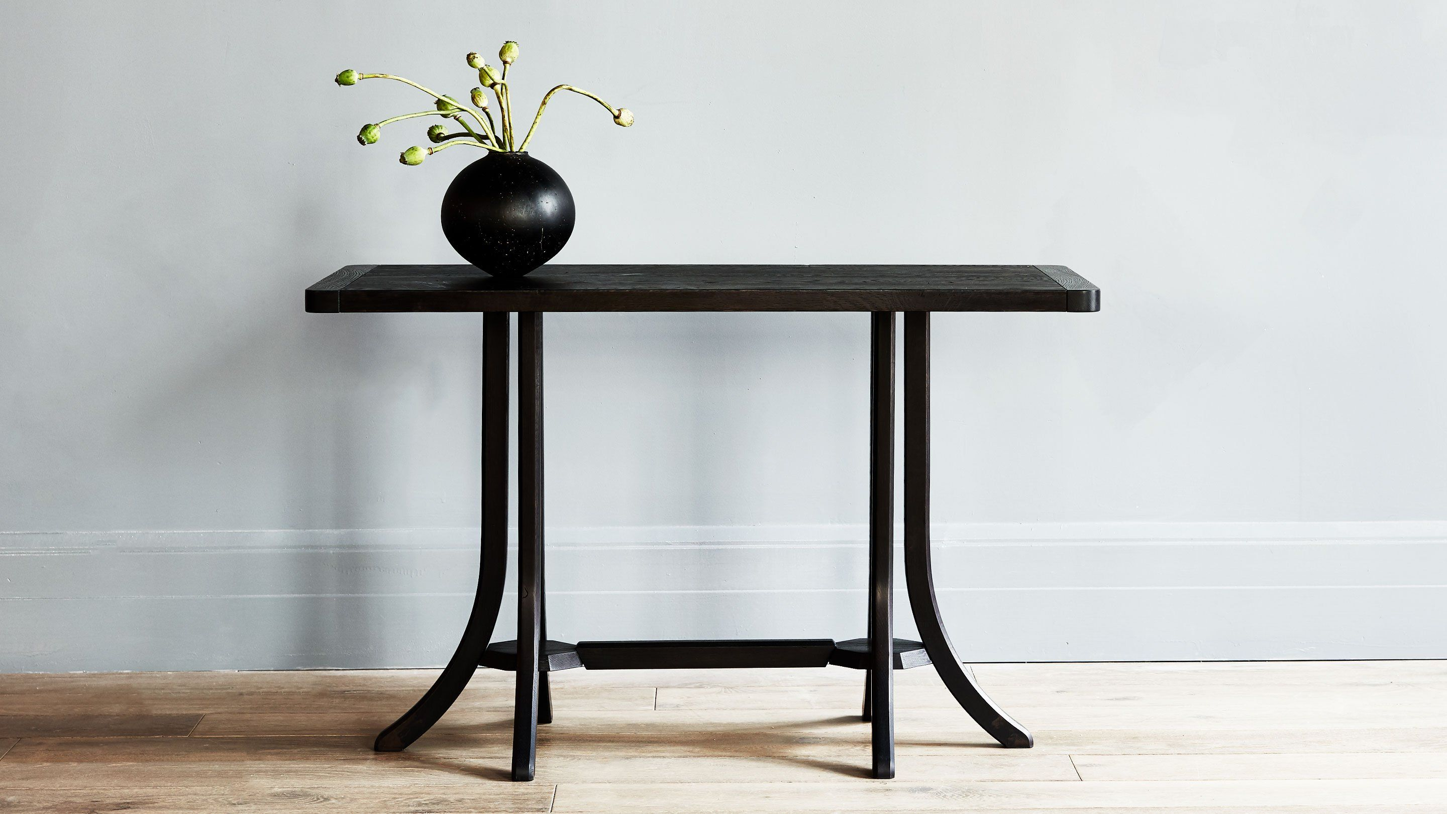 Angelica For Four Roman And Williams Guild Wood Brackets Roman And Williams Coffee Table Wood [ 1620 x 2880 Pixel ]