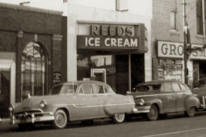 Reed S Ice Cream Store Nov 1954 Benson Nebraska Des Moines The Monks Nebraska