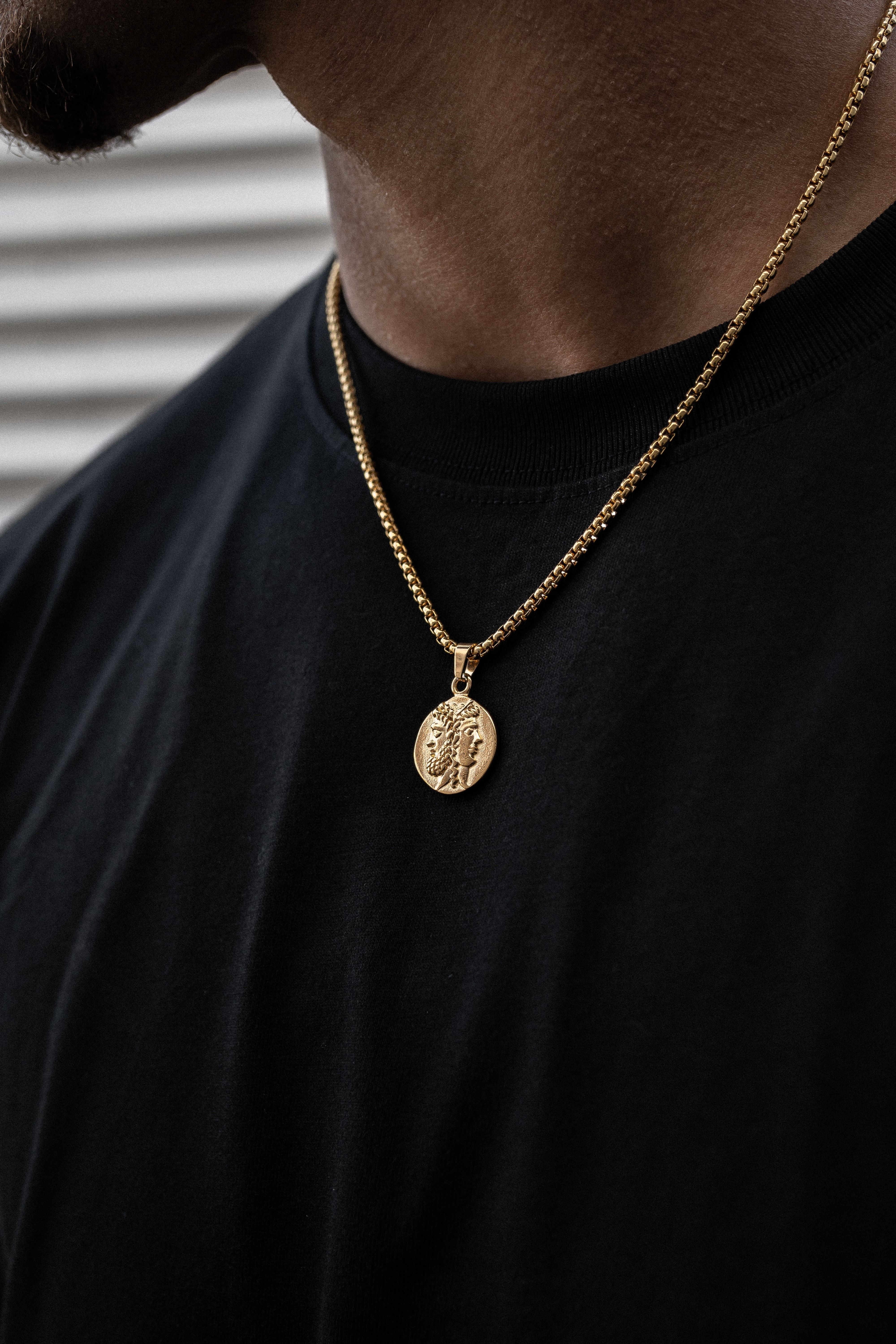 Nails Necklace Chain Mens Necklace Chain Mens Necklace Pendant Gold Chains For Men Neckla In 2020 Mens Necklace Fashion Mens Chain Necklace Mens Necklace Pendant