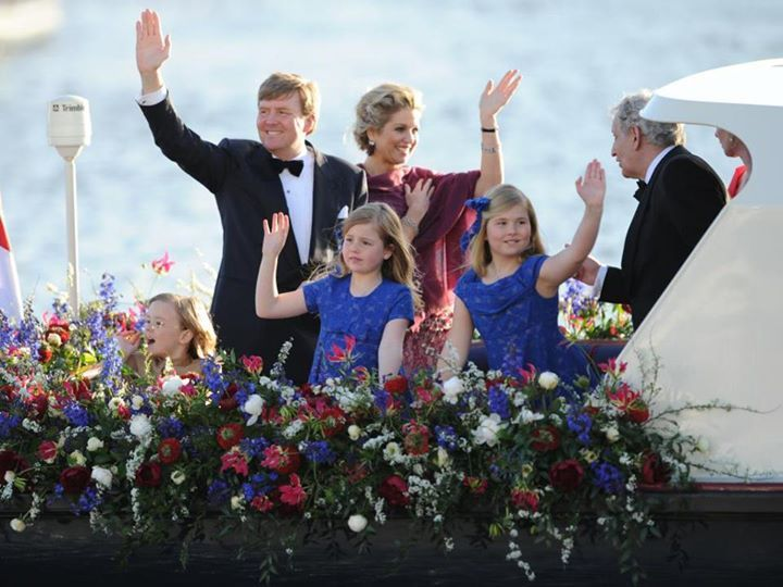 Bloemen bij de Inhuldiging in De Nieuwe Kerk