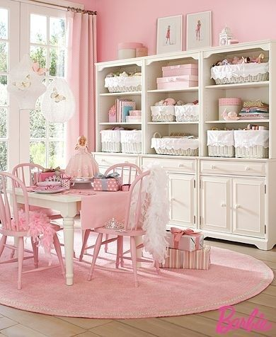 Love this room!  Why have I not thought about doing a room in these colors.