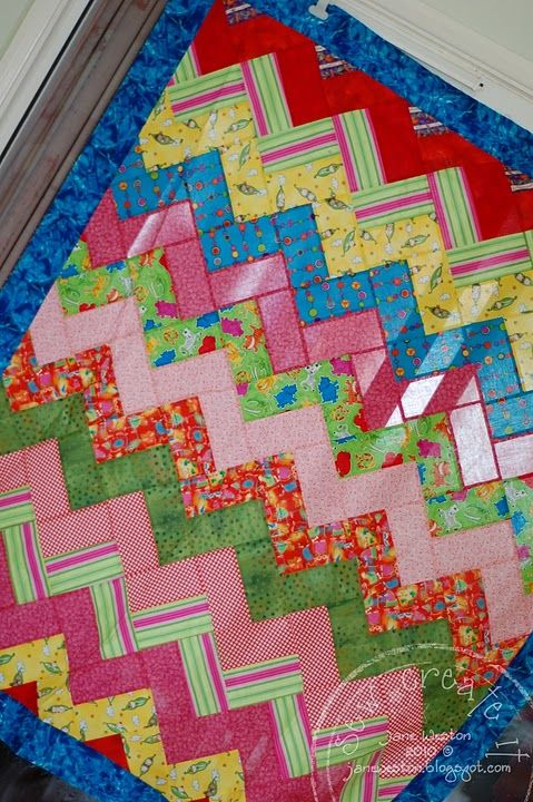 another zig-zag quilt. Squares only Done in modern and every ... : quilt patterns squares only - Adamdwight.com