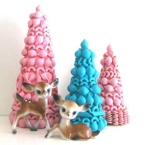 Handmade vintage inspired craft tutorial by ismoyo: pasta Christmas trees