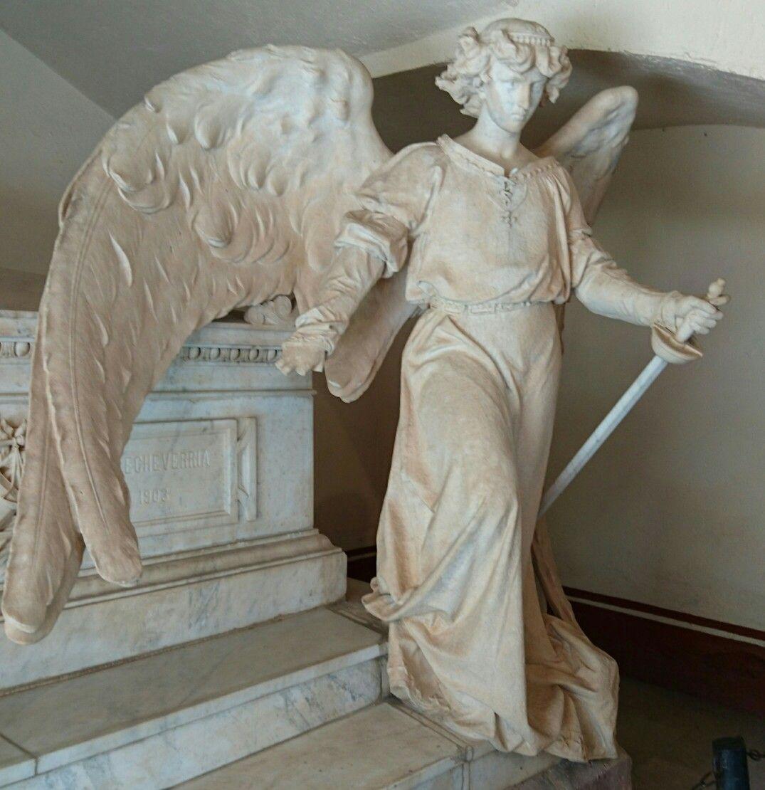 Angel en el museo Pedro Coronel Zacatecas, México