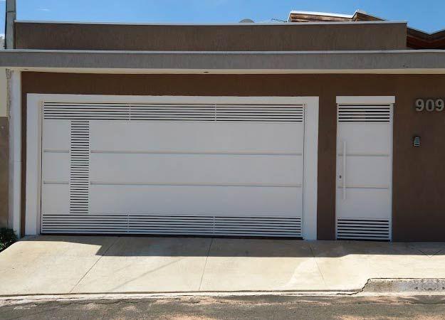 Suficiente O modelo de portão residencial é um dos itens que não pode faltar  OO69