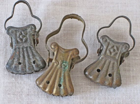 shabby French curtain clips by Histoires on Etsy