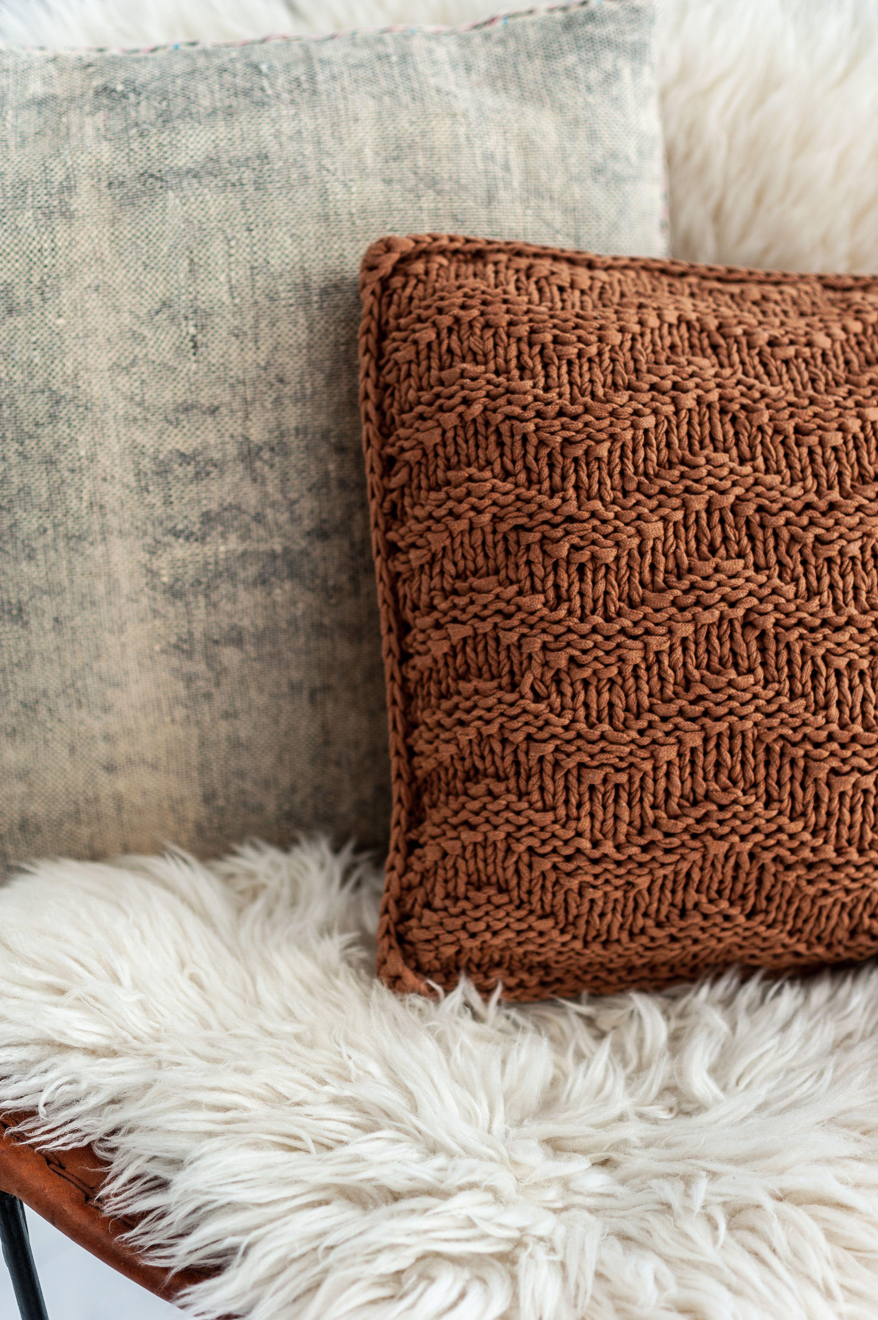 Diy knit kit cushion bulky textures caramel brown