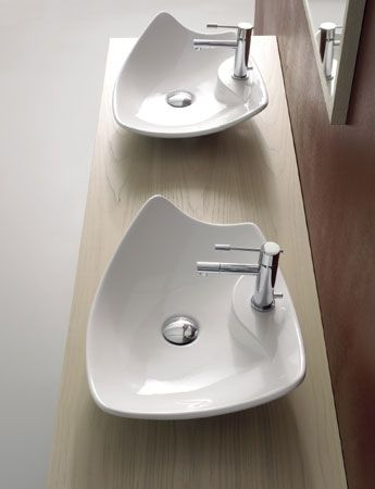 Modern decorative vessel from Scarabeo - Kong vessel sinks Trendir - Vessel Sinks Bathroom