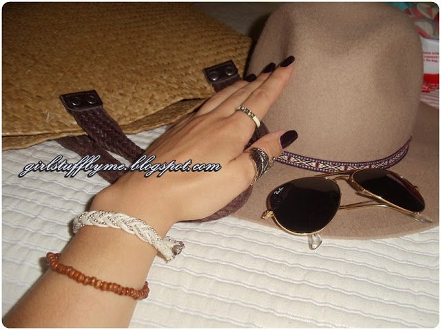 #acessorios #hat #rayban #glasses #darknails