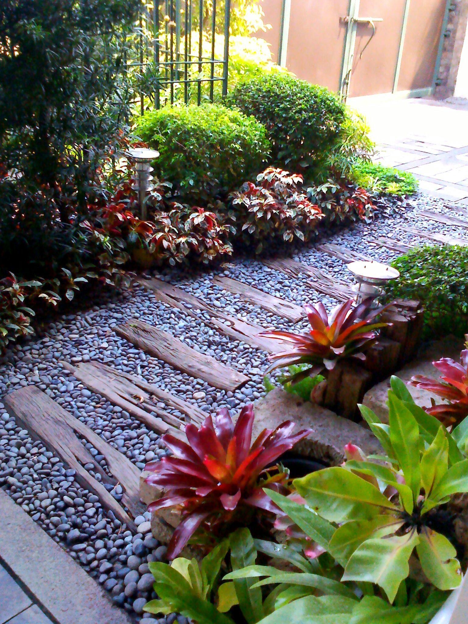 15 Fantastic Simple Garden Ideas For Your Home Yard Small Garden Landscape Design Small Garden Landscape Small Backyard Gardens