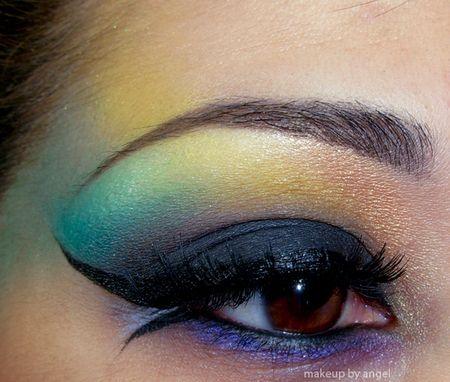Dark Mermaid http://www.makeupbee.com/look_Dark-Mermaid_37704