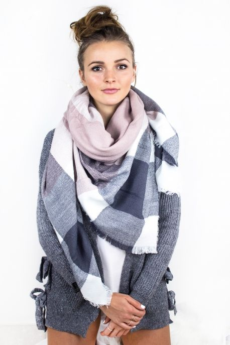 Écharpe plaid carreaux gris   rose pâle     Look - Accessories ... 514729ba46d