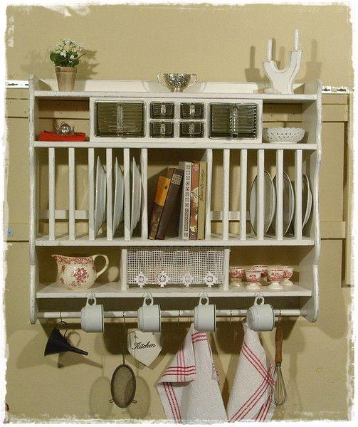wandregale wandregal tellerregal k chenregale ein designerst ck von ansolece bei dawanda. Black Bedroom Furniture Sets. Home Design Ideas