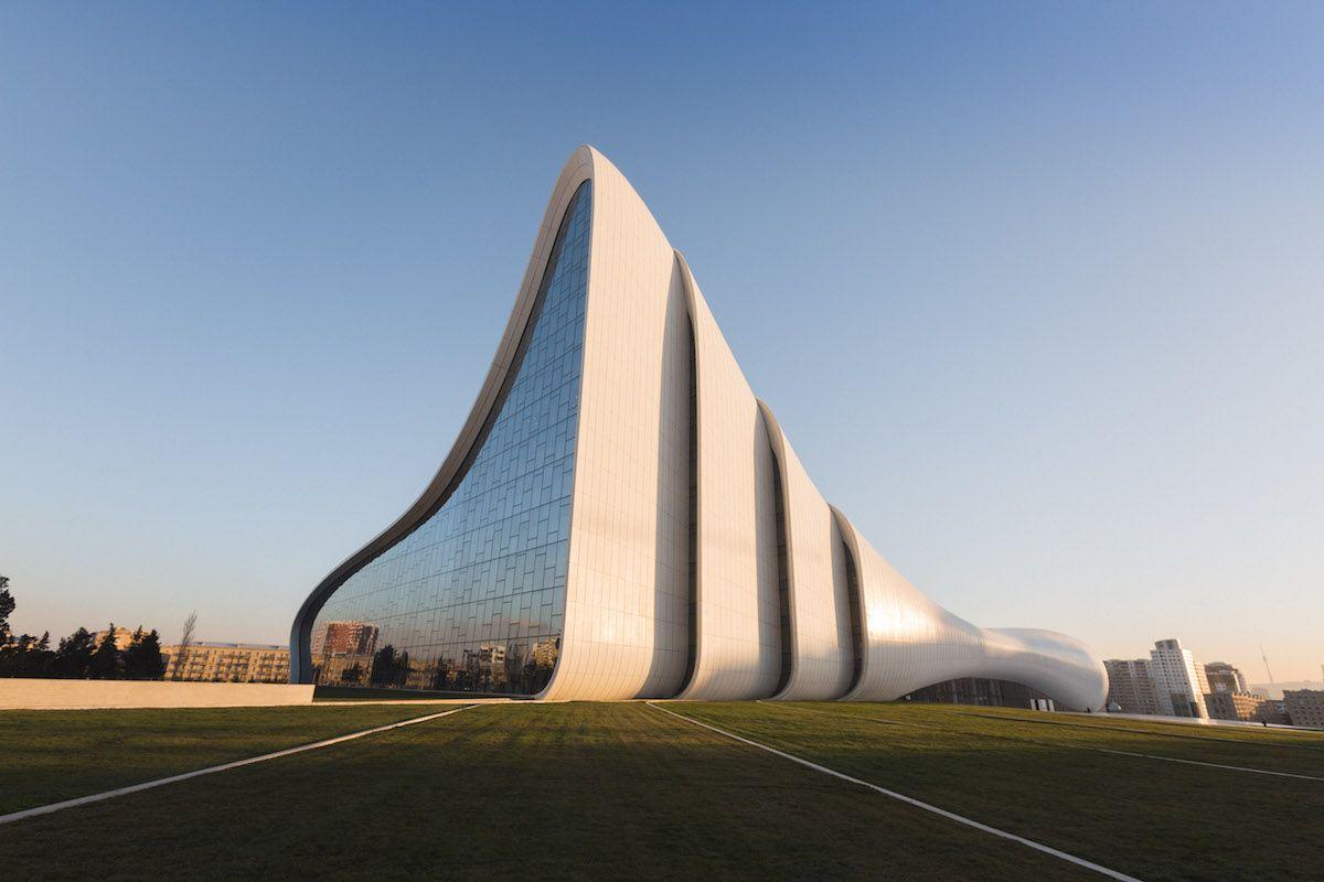 Image result for zaha hadid z a h a pinterest zaha for Architecte hadid zaha