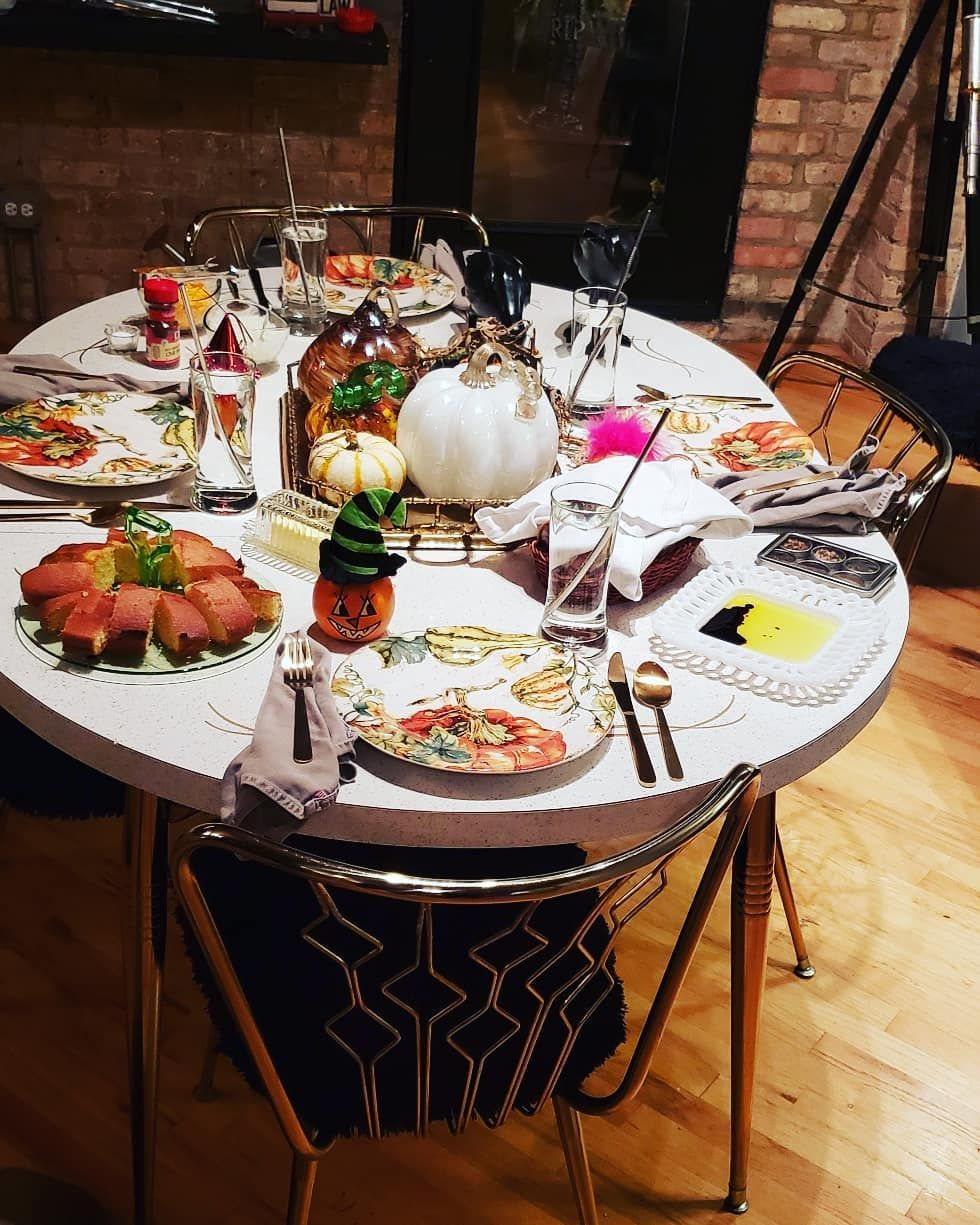 Fall dinners at the loft all weekend long 🍁🍂🎃