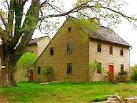 saltbox - would love to live in a saltbox house.                     ****