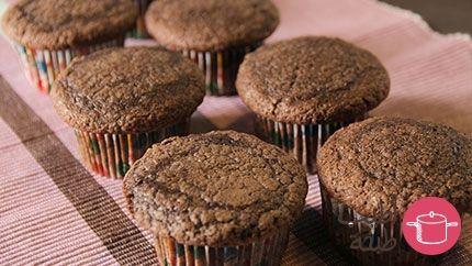 طريقة عمل كب كيك الشوكولاته العادي بالفيديو Recipe Cooking Recipes Cupcake Cakes I Foods
